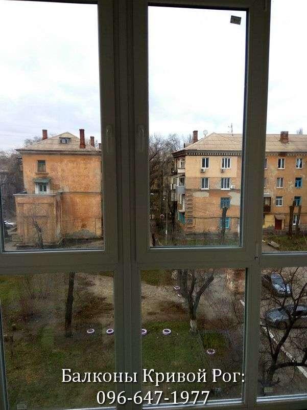 zasteklit francuzskij balkon lodzhiyu v xrushhyovke ot komfort