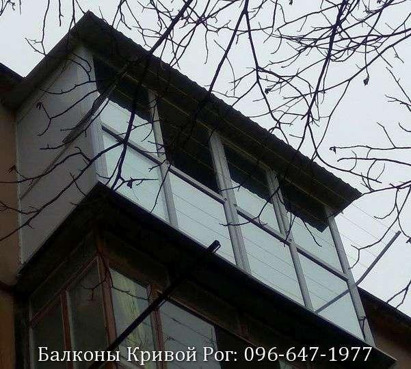 krivoj rog francuzskij balkon s rasshireniem i kryshej