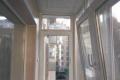 zasteklit balkon lodzhiyu plastikovymi oknami ekonomno ot komfort
